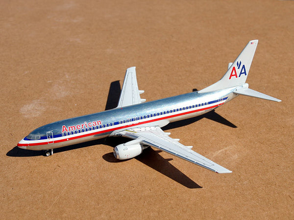 Gemini Jets American Air Lines 737-800 1/250 Scale Diecast Model