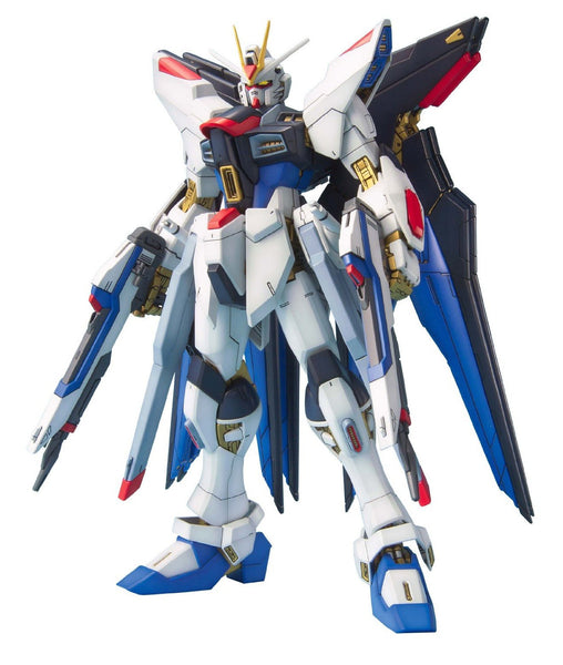 Gundam Seed Strike Freedom Gundam  Z.A.F.T. Mobile Suit ZGMF-X20A Master Grade 1/100 Scale Model Kit