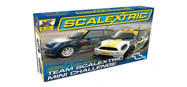 Scalextric MINI Challenge Set 1/32 Slot Car Set