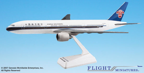 Flight Miniatures China Southern Boeing 777-200 1/200 Scale Model with Stand