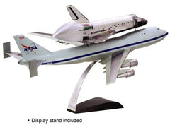 "Dragon NASA Space Shuttle ""Discovery"" w/747-100 SCA 1/144 Scale Model Kit"