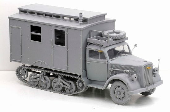 Dragon 1/35 Sd. Ktz. 3 Maultier Ambulance Model Kit