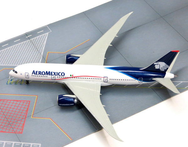 Dragon Wings Aeromexico Boeing Dreamliner 787-8 1/400 Diecast Model