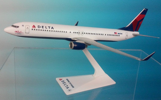 Flight Miniatures Delta Airlines 737-900ER 1/200 Scale Model with Stand Woolman Signature