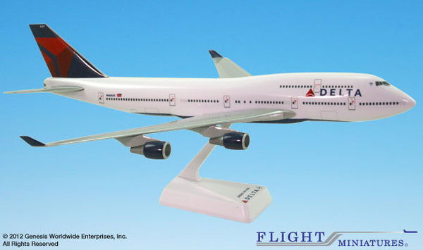 Flight Miniatures Delta Airlines Boeing 747-400 1/200 Scale Model with Stand