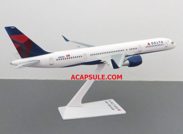 Flight Miniatures Delta Airlines Boeing 757-200 1/200 Scale Model with Stand N823DX