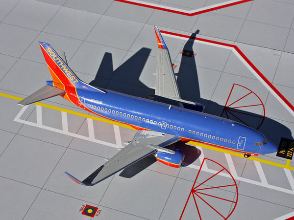 Gemini 200 Southwest 737-300 1/200 Diecast Scale Model G2SWA311