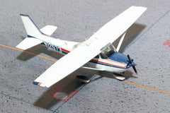 Gemini Cessna 172 Skyhawk Red & Blue Stripes 1/72 Diecast Scale Model