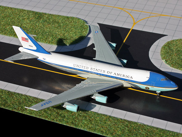 Gemini Jets Air Force One Boeing VC-25A GJAFO1208 1/400 Diecast Scale Model