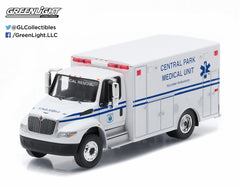 1/64 Diecast Central Park Medical Unit Vol 2013 International Durastar Ambulance