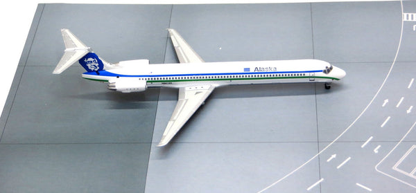 Jet-X Alaska Airlines MD-82 Flat Beaver Tail N941AS Diecast Model 1/400 Scale