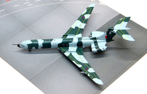 Royal Air Force VC-10 Camouflage Diecast Model 1/400 Scale ZA141