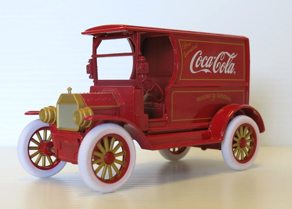 1:24 Diecast Coca-Cola 1917 Ford Model T Delivery Truck Red