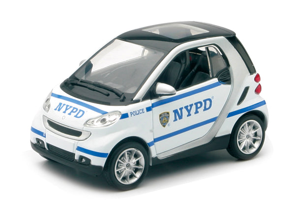 nypd diecast smart fortwo car 1 24 scale acapsule toys and gifts. Black Bedroom Furniture Sets. Home Design Ideas