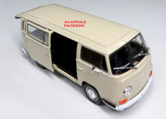 1/24 Scale White 1972 Volkswagen Bus T-2 Diecast Model
