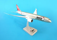 Hogan Northwest Airlines Boeing Dreamliner 787-8 1/200 Scale Model w Gears & Stand