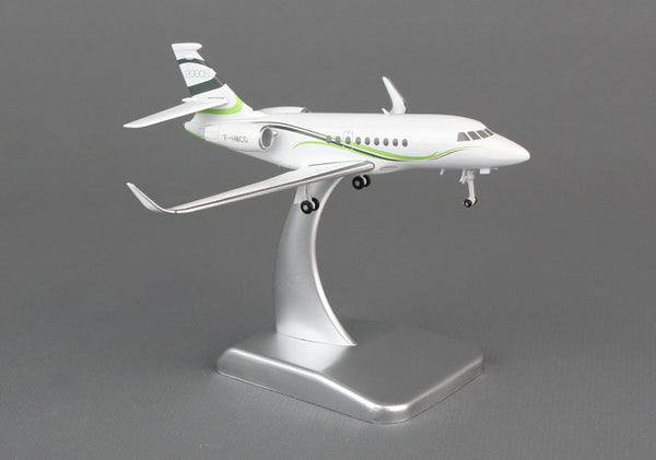 Hogan Dassault Falcon 2000LX 1/200 Diecast Scale Model with Gears & Stand