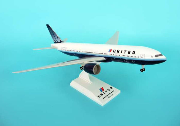 Skymarks United Airline Old Livery 777-200 1/200 Scale Plane with Stand and Gears