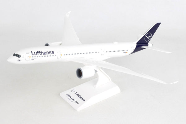Skymarks Lufthansa Airbus A350-900 1/200 Scale Plane with Stand D-AIXM Schwerin