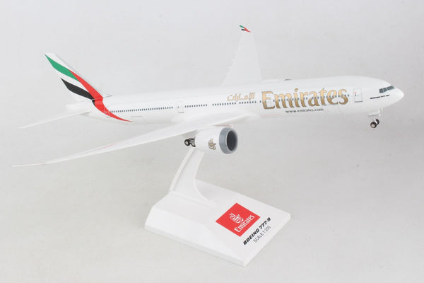 Skymarks Model Emirates Airlines Boeing 777-9X 1/200 Scale with Gears and Stand