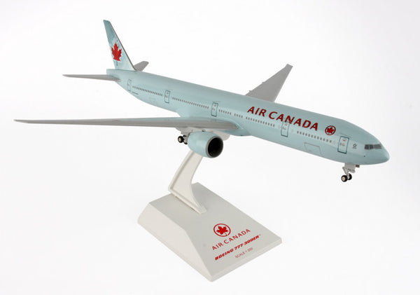 Skymarks Model Air Canada 777-300ER 1/200 Scale with Stand and Gears