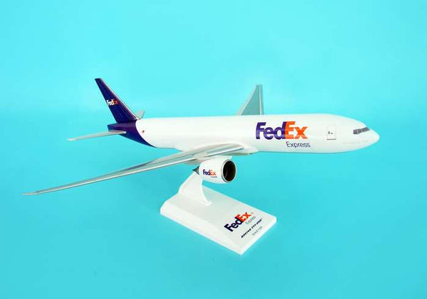 Skymarks Model Fedex Boeing 777F 1/200 Scale with Stand