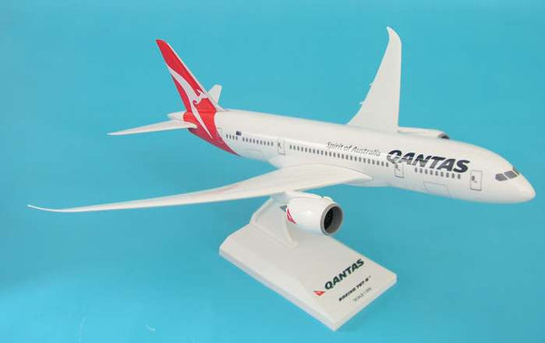 Skymarks Model Qantas Boeing 787-8 1/200 Scale with Stand