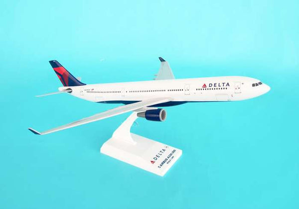 Skymarks Model Delta Airbus A330-300 1/200 Scale with Stand