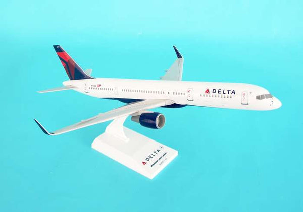 Skymarks Delta Airlines Boeing 757-200 1/150 Scale Model with Stand