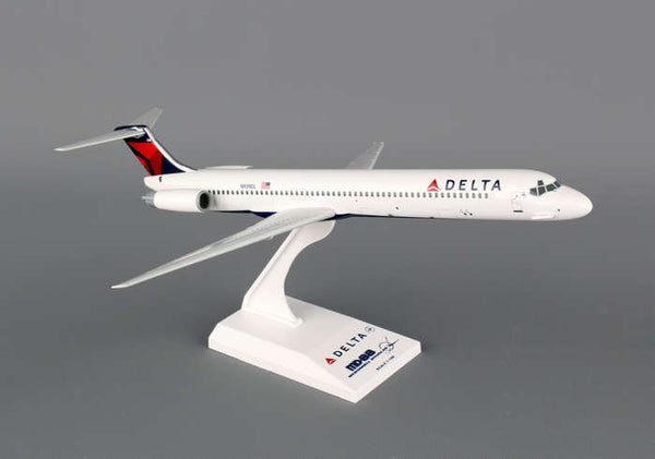 Skymarks Model Delta Airlines MD-80 1/150 Scale Plane comes with Stand