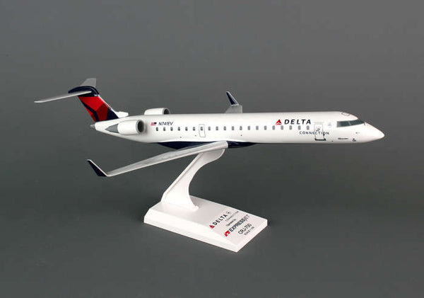 Skymarks Delta Connection ExpressJet CRJ700 1/100 Scale Plane with Stand SKR673