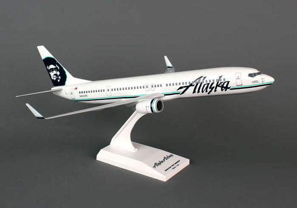 Skymarks Model Alaska Airlines 737-900ER 1/130 Scale Plane with Stand