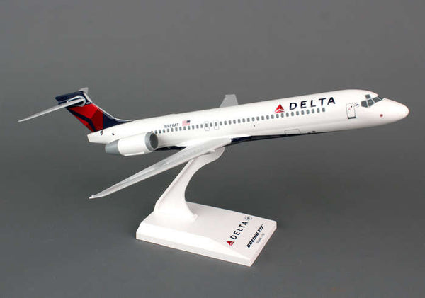 Skymarks Model Delta Boeing 717 1/130 Scale with Stand