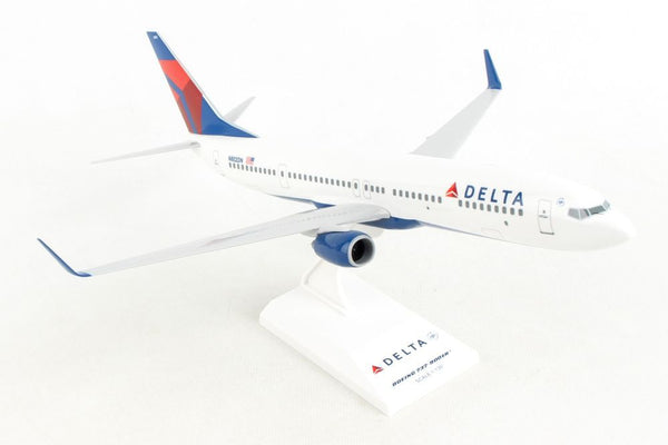 Skymarks Model Delta Boeing 737-900ER 1/130 Scale with Stand N802DN
