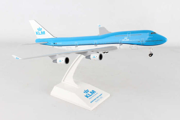 Skymarks SKR940 Model KLM 747-400 1/200 Scale with Stand and Gears PH-BFT
