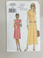 Load image into Gallery viewer, Vogue Very Easy Women's Dresses V8022