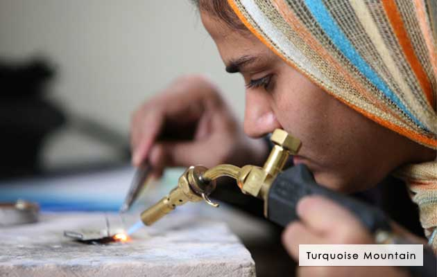 Turquoise Mountain - Afghan Crafts
