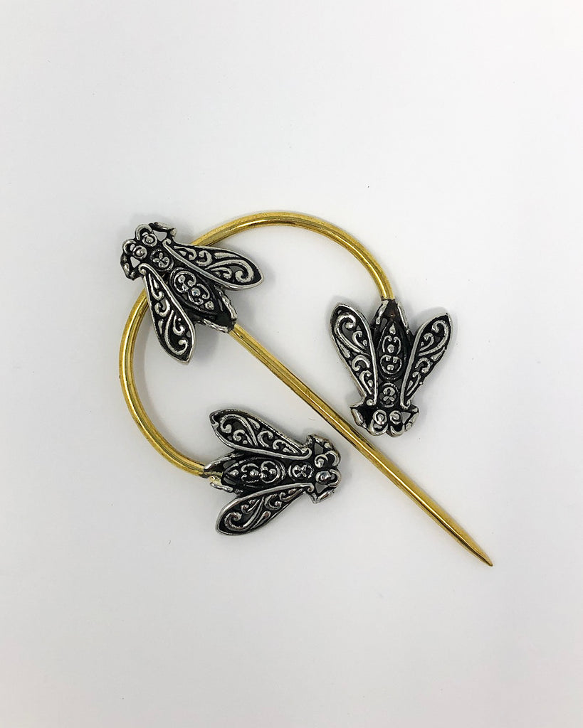 JUL Designs Filigree Honeybee Penannular Brooch
