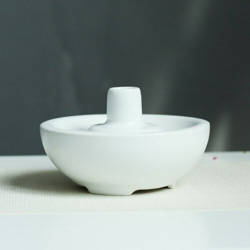 Stylish and contemporary Japanese Matte black or white vase