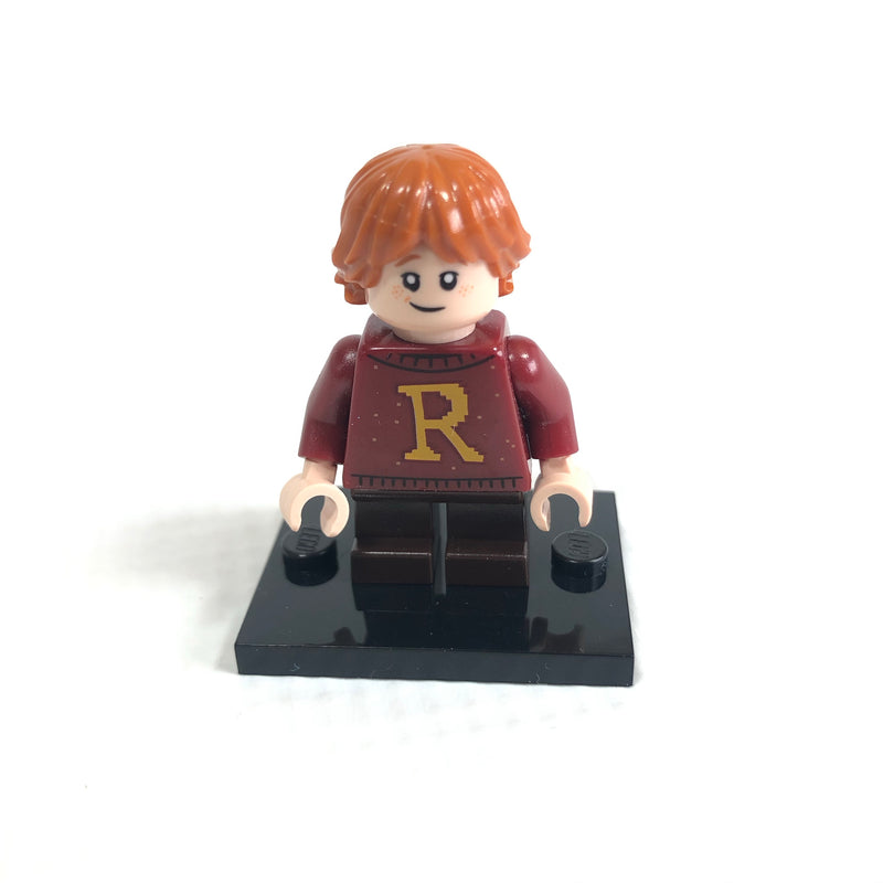 HP207 Ron Weasley, Dark Red Sweater with Letter 'R'