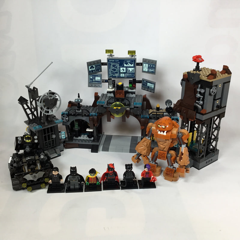 76122 Batcave Clayface Invasion