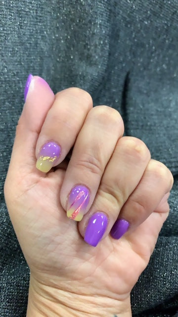 Mardi Gras mani with D302 Xena