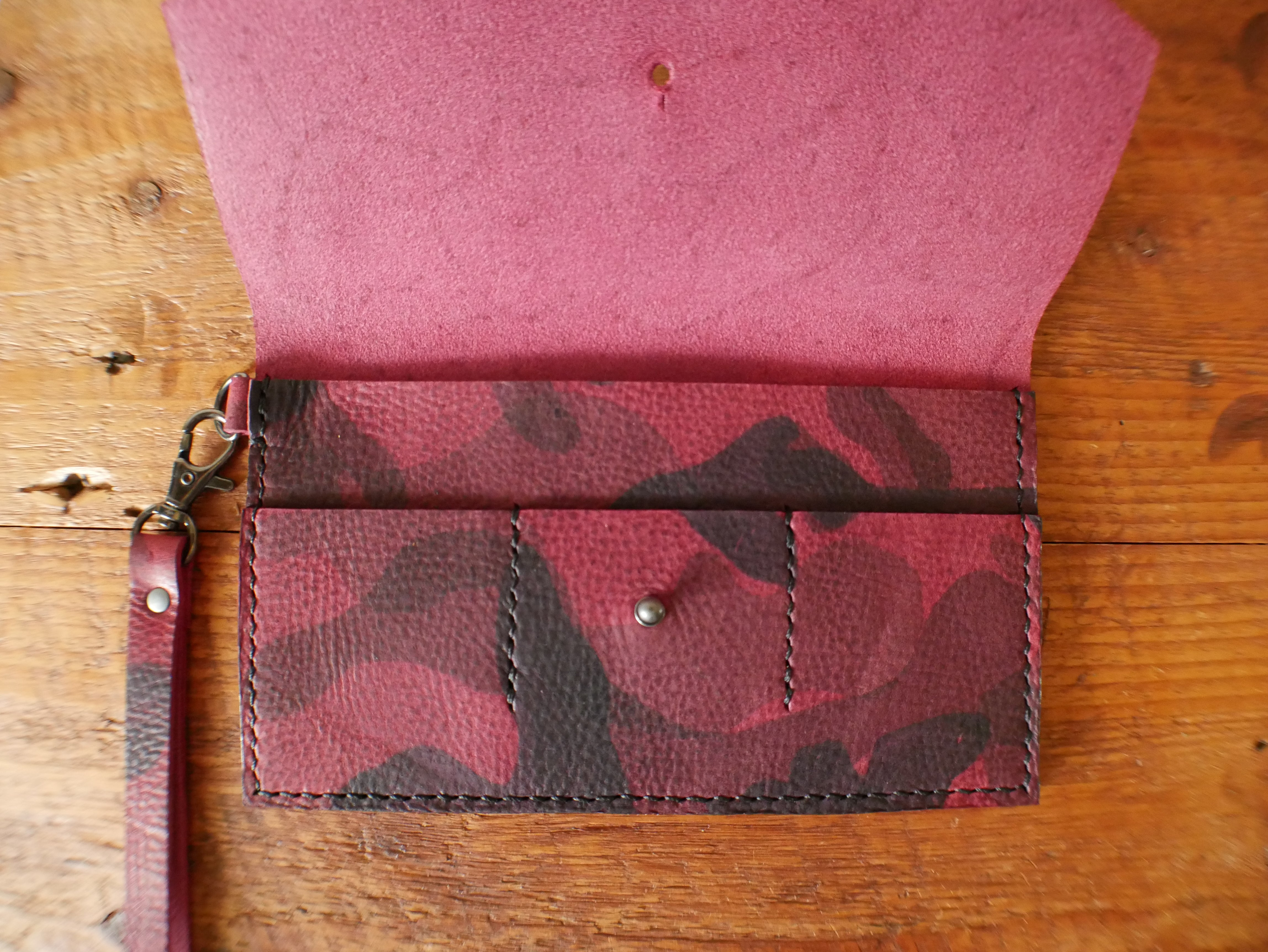 Everyday Clutch - Fuchsia Camo