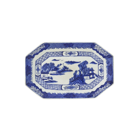 Decorative Blue and White Dish