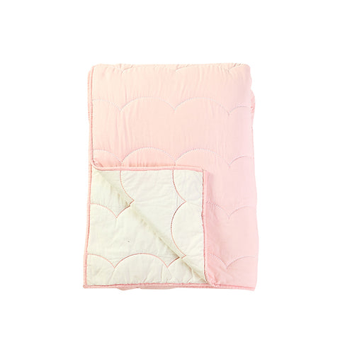 CAIT KIDS: Blush Scallop Quilt