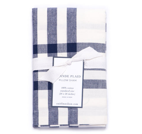 Grande Plaid Sham in Navy