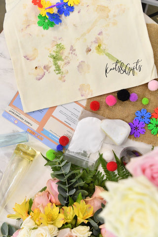 A Beautiful Floral Bouquet  Blossom & Hapazone Activity kit