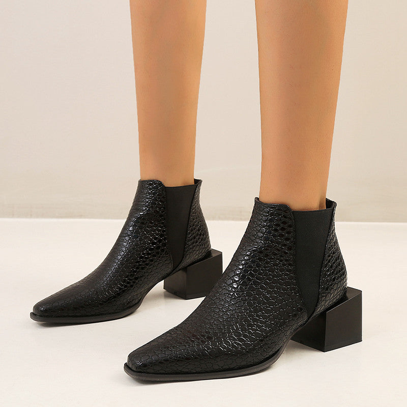 Chelsea boots European and American thick heel short boots large women's Boots