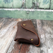 Load image into Gallery viewer, Brown Oil Leather Glasses Case - Wild Origin