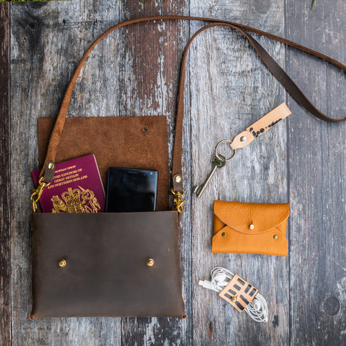 Regular Sized Oiled Brown Leather Crossbody Handbag - Wild Origin
